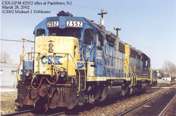 CSX 2552 idling at Paulsboro, NJ.