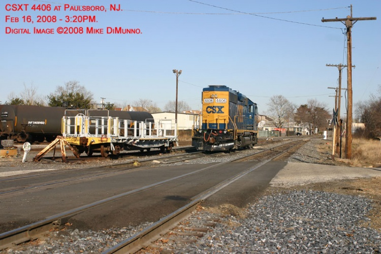 CSX 4406 idling at Paulsboro, NJ.