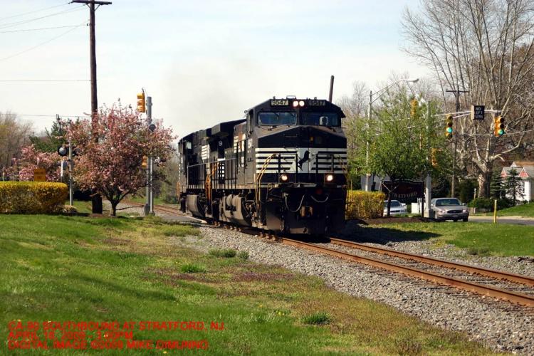 Light engines running as CA-90 heading south at Stratford, NJ.